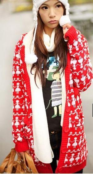 Розовое вязаное пальто (спицы). пальто.