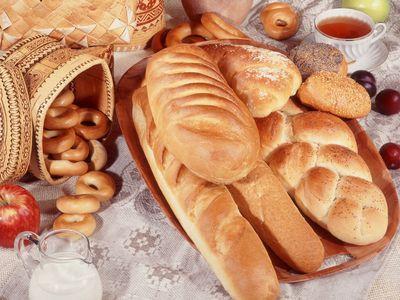 Вчера кинешемцы подняли тревогу из-за отсутствия на прилавках магазинов белого хлеба производства кинешемского...
